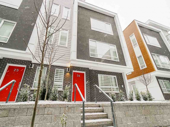 lift townhomes langley 4