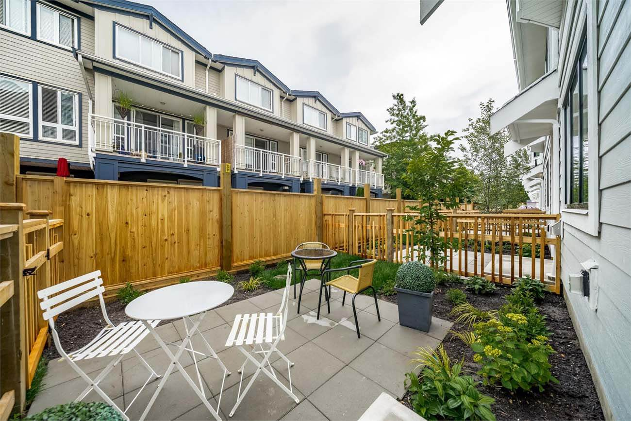 river mews new west townhomes 2