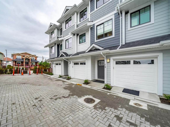river mews new west townhomes 6